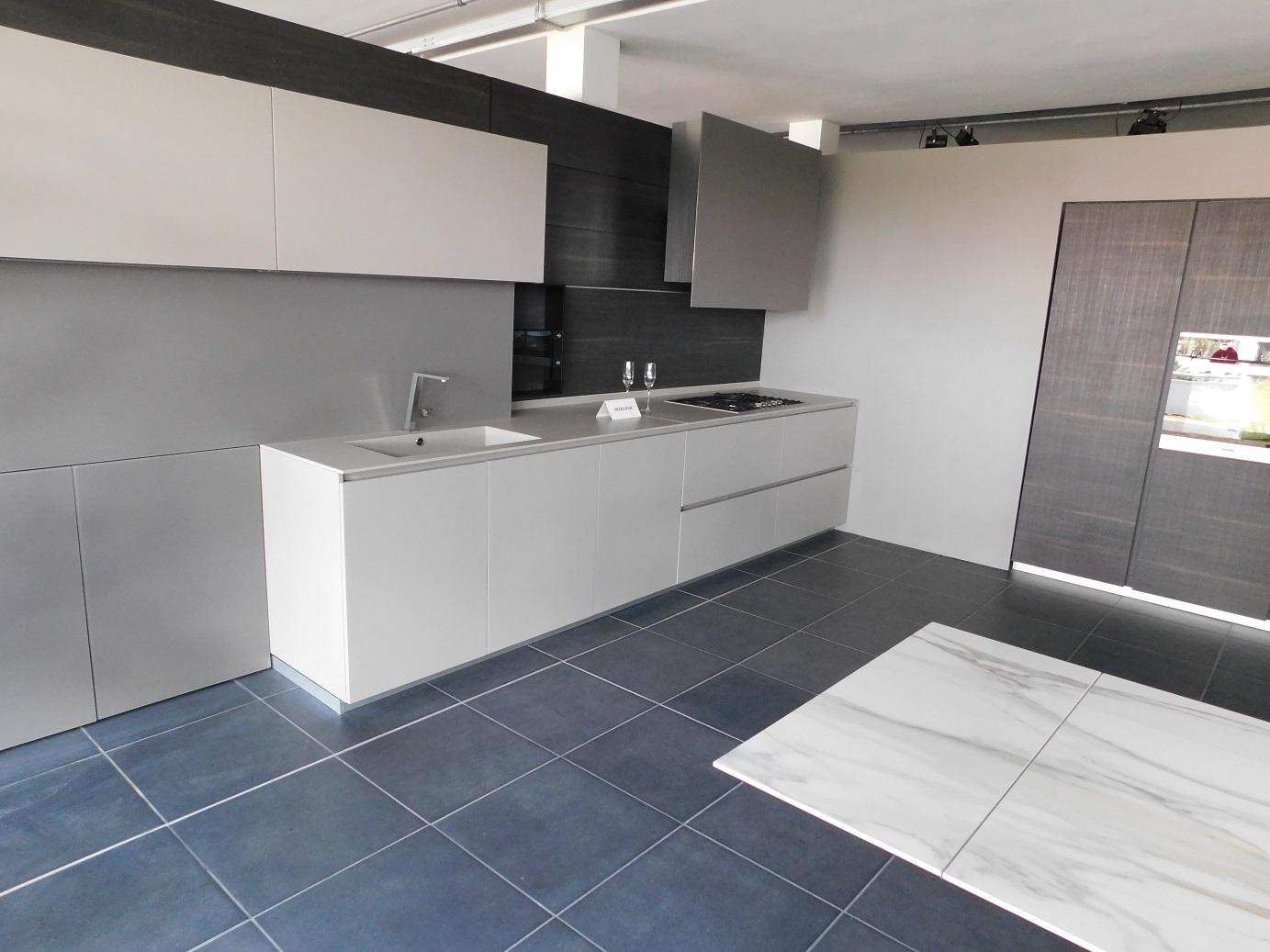 Emejing Cucine Modulnova Outlet Photos - Home Design ...