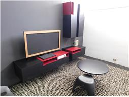 Outlet MDF Italia Mobilcasa Pisa – Contemporary project